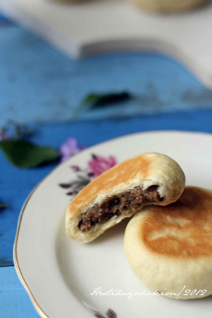 HESTI'S KITCHEN : yummy for your tummy...: Bakpia Basah