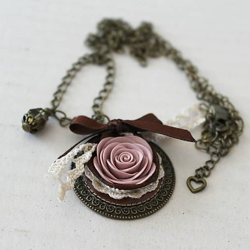 Hand-made vintage necklace with fimo rose.