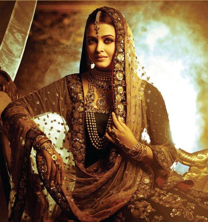 Elegant look of Aishwarya Rai from Jodha-Akbar