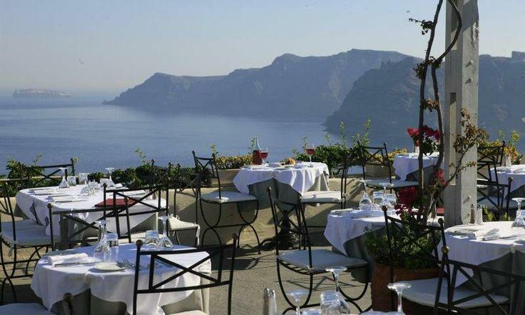 Food with a view at Santorini's 1800 restaurant. www.secretearth.com/restaurants/32-1800