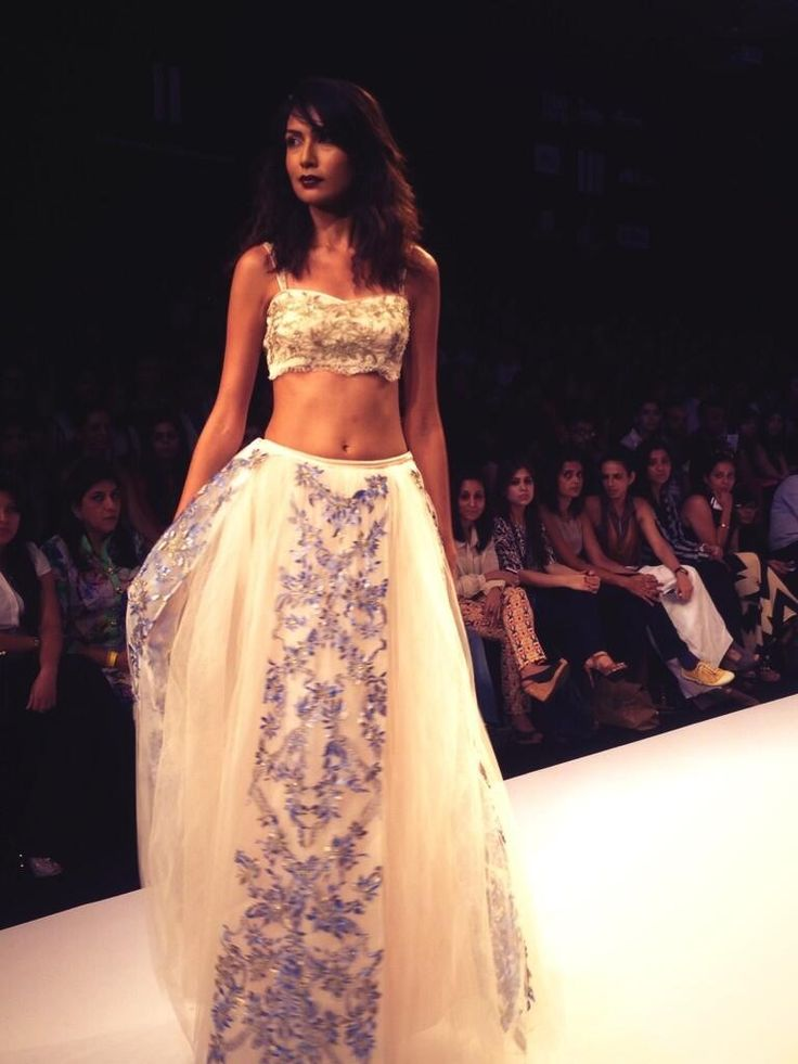 @Alina Lee Fashion Week: @ShehlaaK with The Tales of Unexpected collection. #lakmefw