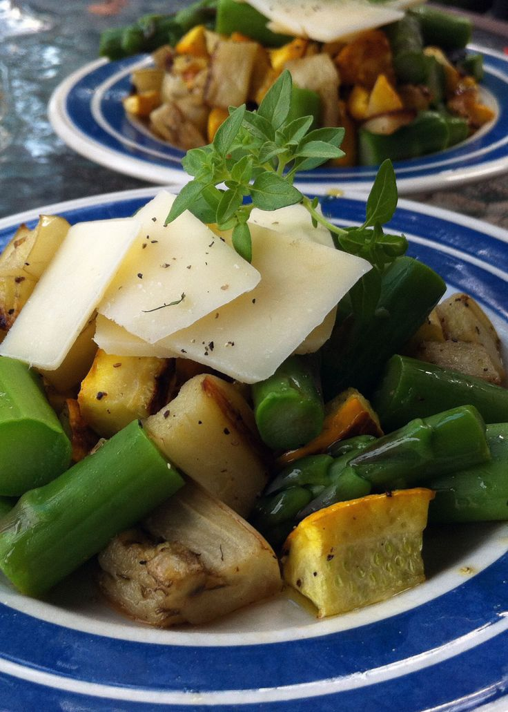 Recette de Salade d'aubergine, courgette et asperges grillées - L'Anarchie Culinaire selon Bob le Chef