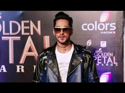 WATCH Bigg Boss 9 Runner Up Rishabh Sinha at Golden Petal Awards 2016.  See the full video at : https://youtu.be/kJedqhuhgzI #rishabhsinha
