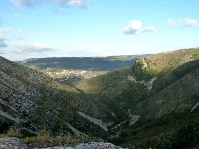 Roteiro nas Serras de Aire de Candeeiros. No topo da Fórnea em Chão das Pias.