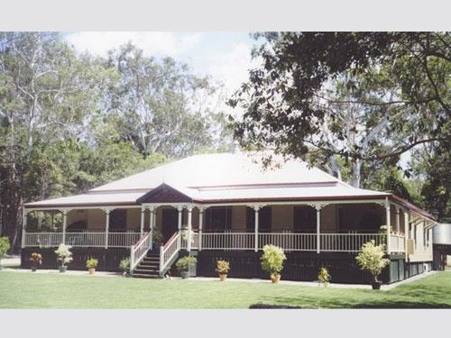 Traditional Queenslander Home Designs: Carpentaria. Visit www.localbuilders.com.au/builders_queensland.htm to find your ideal home design in Queensland
