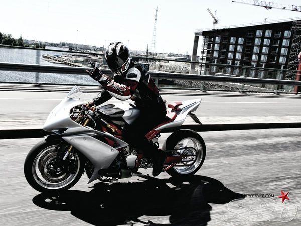 1999 Yamaha R1