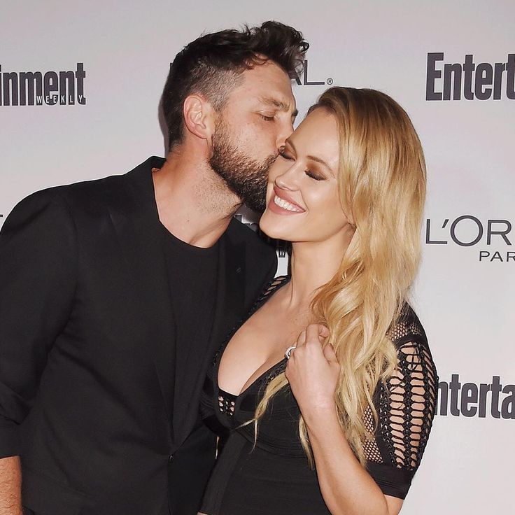 We're dancing with tears of joy in our eyes, because Maksim Chmerkovskiy and Peta Jane Murgatroyd are officially husband and wife! Link in bio for the full story. (📷: Jeffrey Mayer/WireImage)