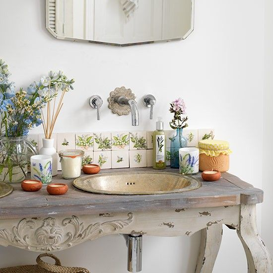 Vintage basin | Small bathroom design ideas | Bathroom | PHOTO GALLERY | Country Homes and Interiors | Housetohome.co.uk