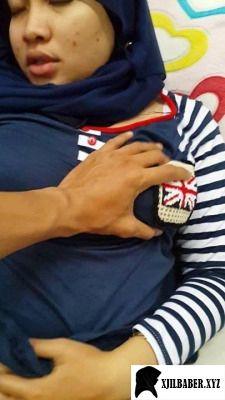 jilbaber keenakan ngentot sambil diremas tete nya #jilbaber #hijaber #jilboobs #ngentot #mesum #cabul #ngewe #seks #porn #sex #kerudung #tudung #bogel #sange #mupeng #horny