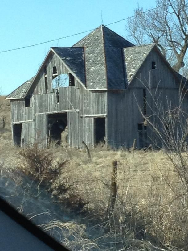 Beautiful Old Barn | Living the Country Life