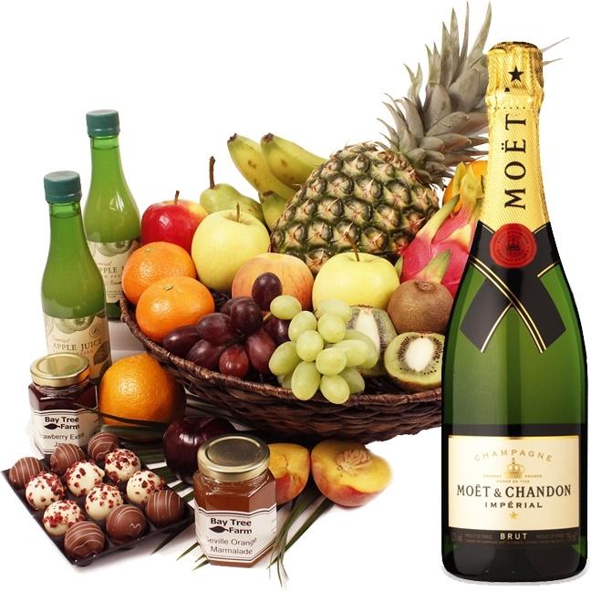 St Lucia Fruit Hamper & Moet Champagne