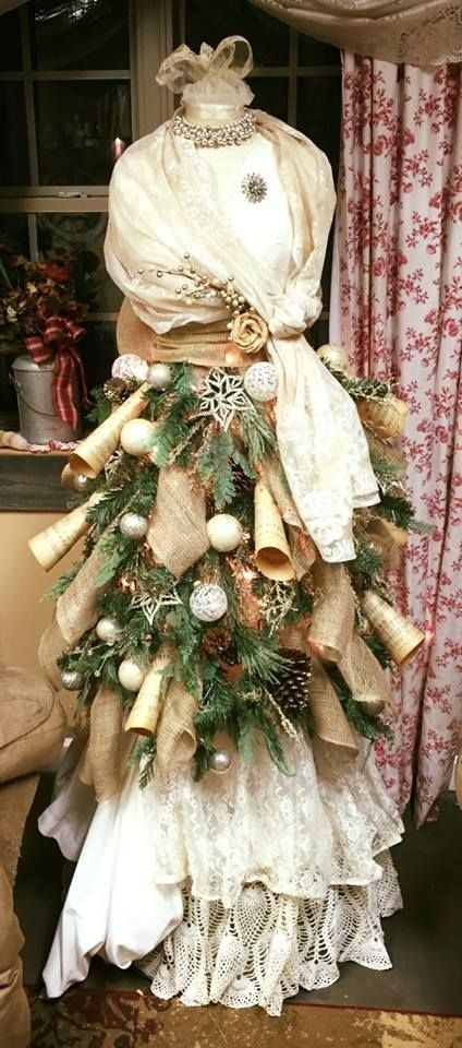 20 MANNEQUIN TREE DRESSES! - Grillo DesignsGrillo Designs