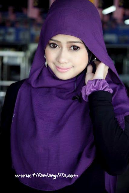 proper cute hijabist. HELIZA HELMI