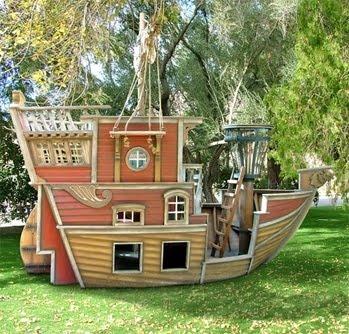 tree house boat!