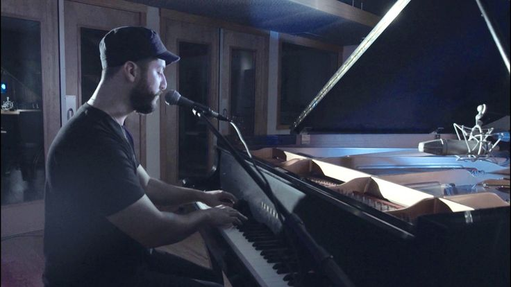 Love Me Like You Do -  Ellie Goulding (Boyce Avenue acoustic cover) on Spotify & iTunes.