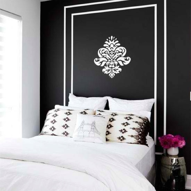 Design inspiration dramatic headboards bedrooms black for Dramatic beds