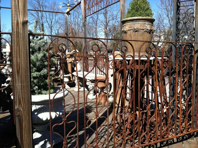 Horse Country Chic: Black Dog Salvage #salvage #upcycle