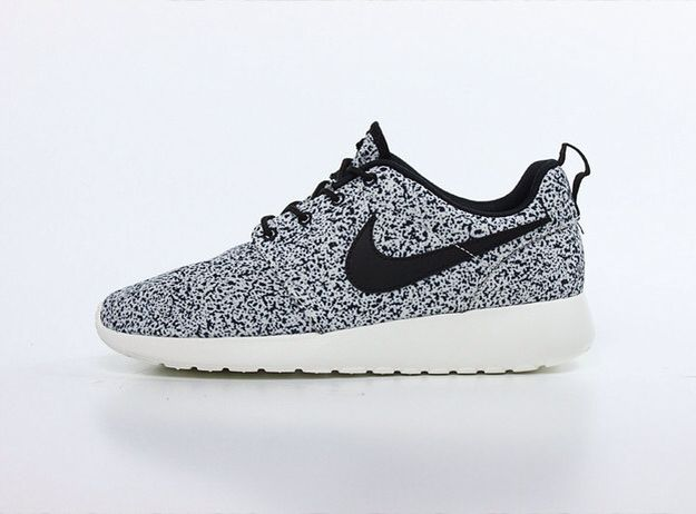 nike roshe run all designs in notebook