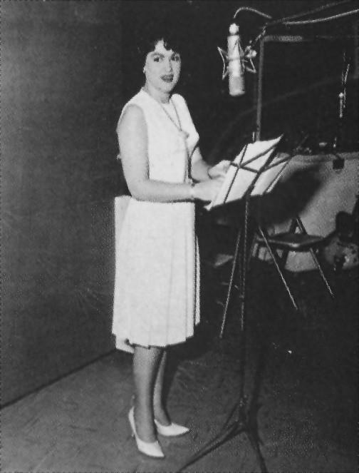 You Absolutely Have To Hear Patsy Cline's Long-Lost ...