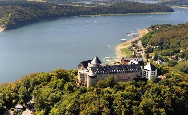 Schlosshotels & Herrenhäuser - Waldeck Castle, a Castle property, located in Hessen, Germany