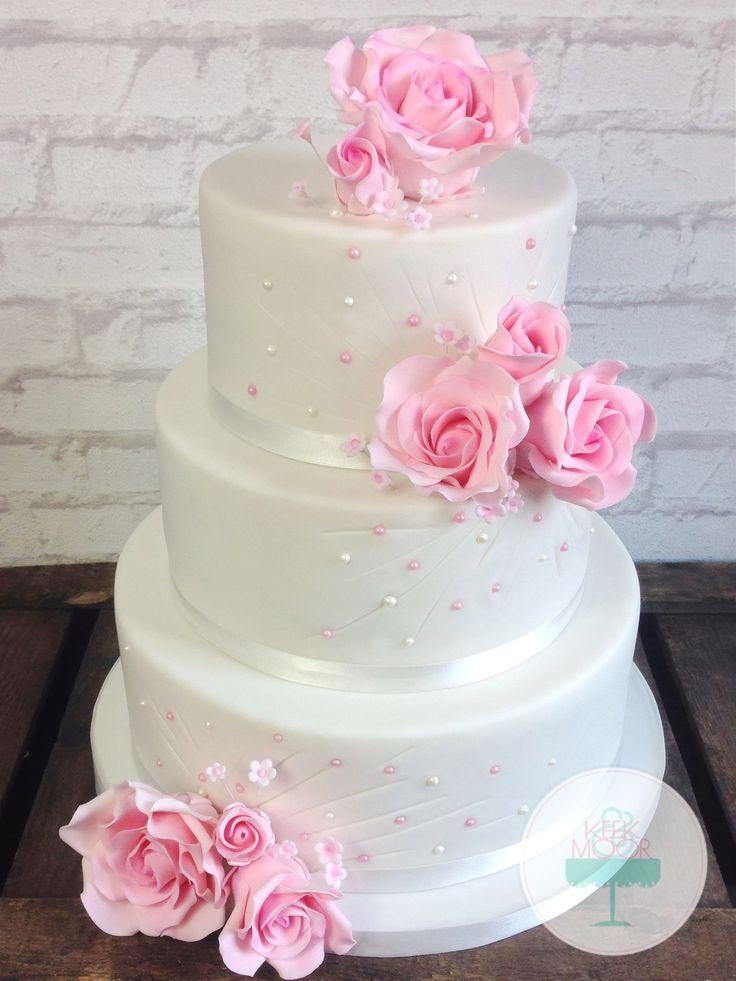 Sweet roses wedding cake