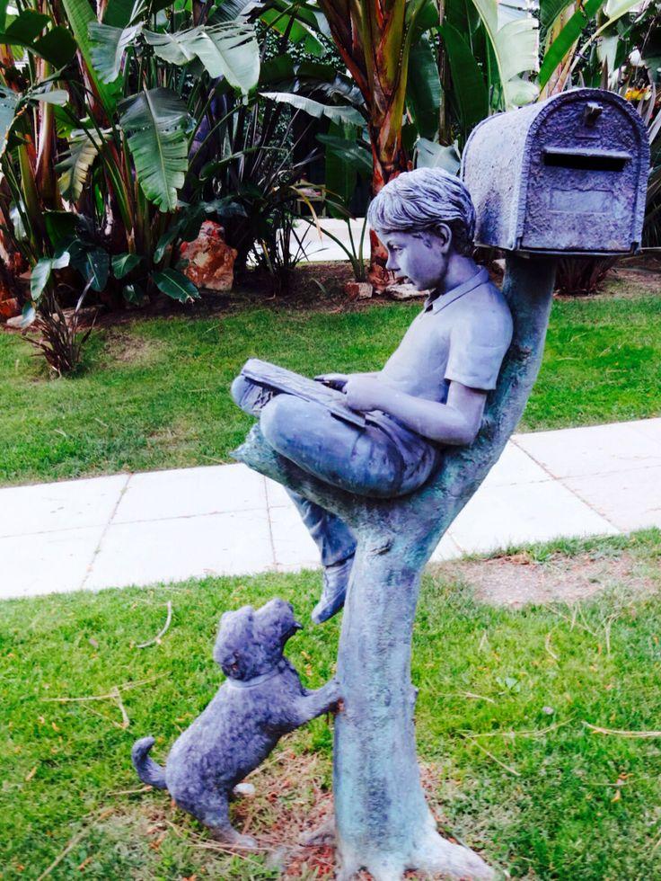 #kid #dog #Friends #postal #Hollywood