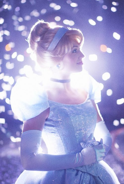 Cinderella remained ever gentle & kind, for with each dawn she found new hope that someday her dreams of happiness would come true.❤️ #disneyprincess #cinderella