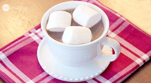 Creamy crockpot hot cocoa