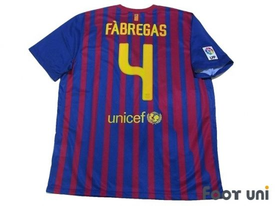 Photo2: Barcelona 2011-2012 Home Shirt #4 Fabregas FIFA World Club Cup Champions 2011 Patch/Badge LFP Patch/Badge w/tags FIFA Club World Cup Barcelona Home Shirt nike - Football Shirts,Soccer Jerseys,Vintage Classic Retro - Online Store From Footuni Japan
