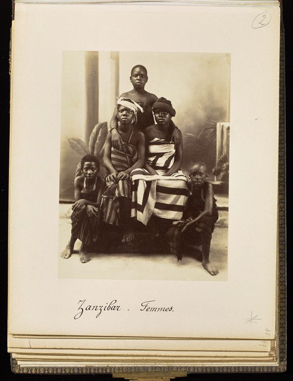 Women from Zanzibar, plate 45 / Edouard Foa Women from Zanzibar, 1893, Edouard Foà. Albumen print in Views of Africa: Zanzibar et Côte-Quiloa-Dar es Salam-Tanga-Somalis, plate 45. Mount: 11 3/16 x 9 in. The Getty Research Institute, 93.R.114.1.3