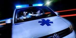 Un ambulancier de la société Poitiers ambulances a porté plainte, la semaine dernière, contre un policier du commissariat, à la suite d'un contrôle routier pratiqué mercredi 28décembre, à 16h40, sur la rocade, au croisement de la route de Poitiers et de Saint-Benoît.
