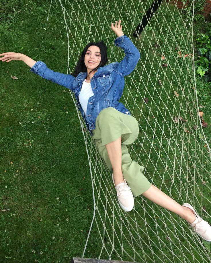 Hazal Filiz Tunalı / Actress (@hazalfilizkucukkose) в Instagram: «Alice Merton-No roots»