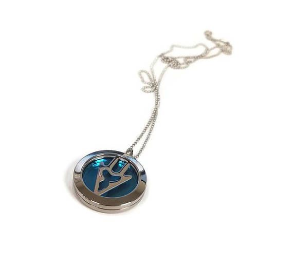 FFXIV Dragoon Locket Necklace - Stainless Steel Screw-On Locket - Sturdy and High Quality - 3D - Great for Any Final Fantasy XIV Fan!