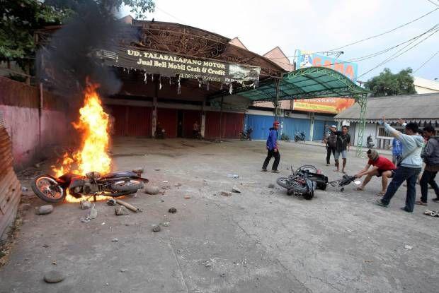 Kerusuhan Warga dengan Mahasiswa di Makassar, Pasca-kenaikan Harga BBM