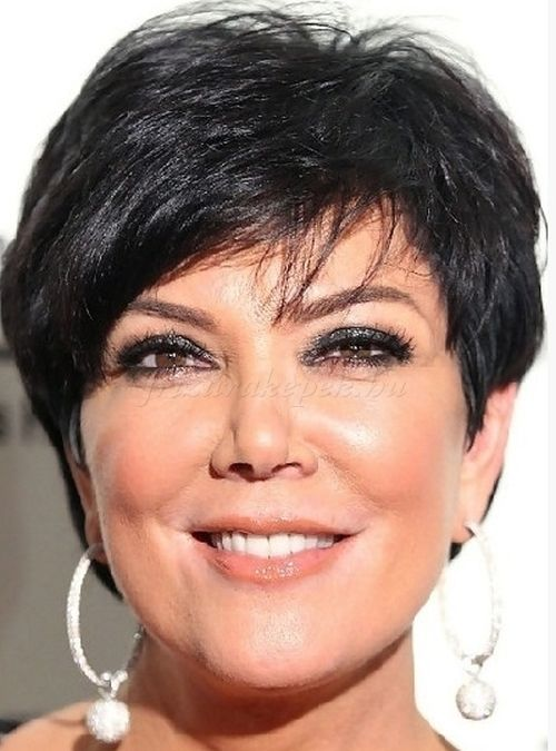 rövid frizurák 50 feletti nőknek - rövid frizura 50 feletti nőknek