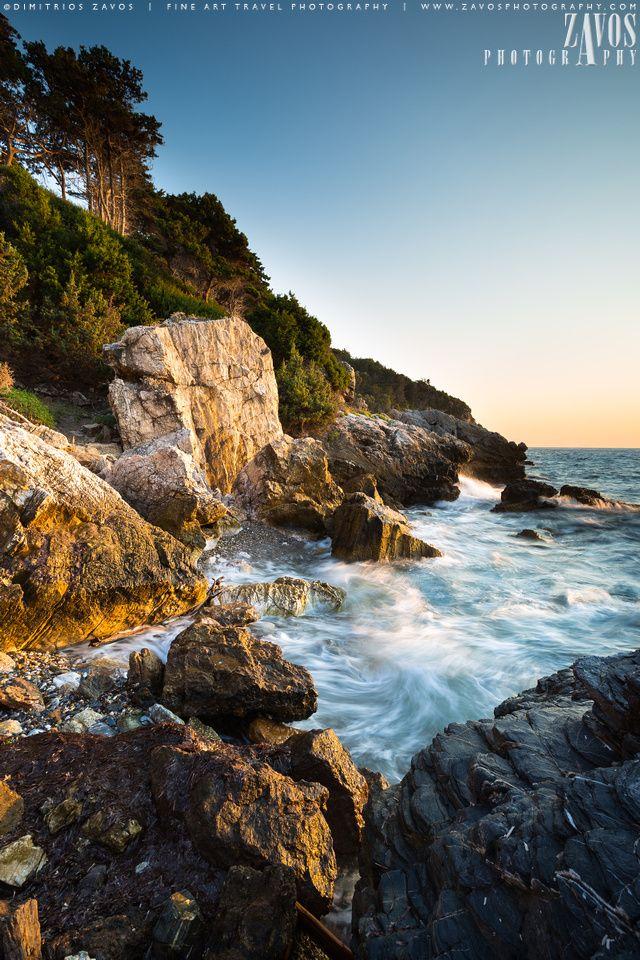 The wild rocky coastline of western Samos (phot by Dimitrios Zavos)