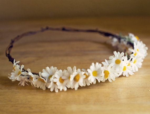 I've always wanted a daisy crown. Maybe on my wedding day. . .