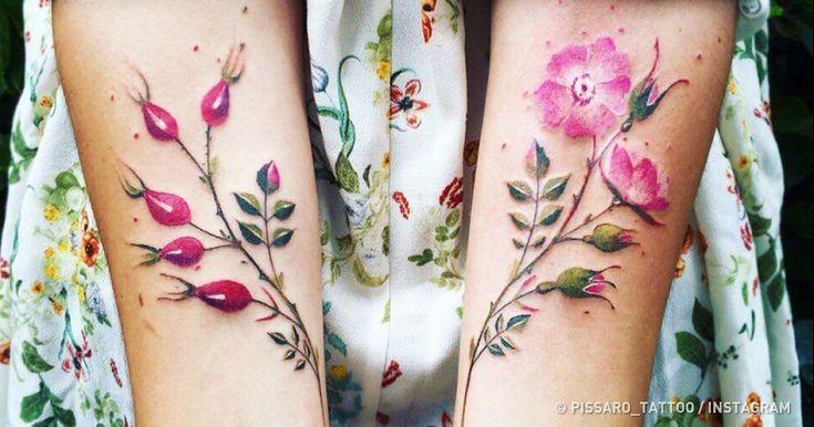 Pis Saro es una talentosa artista de tatuaje oriunda de Crimea. En sus obras sutiles se apega al tema de la vegetación, decorando los cuerpos femeninos con flores increíblemente bellas. La artista cuenta que se inspira en los viajes y en la variedad de la naturaleza. Observando las plantas, encuentra ideas para sus futuras obras. En Genial.guru nos enamoramos de las creaciones de Pis Saro, por lo que decidimos hacer una recopilación de las mejores de ellas.