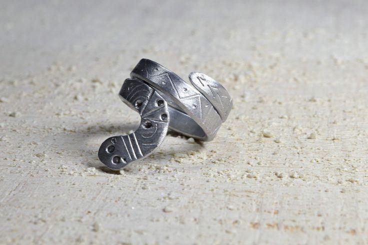 Silver snake RING engraved Aluminum ring adjustable aluminum ring  Silver Aluminium ring  hand drawn  engraved snake ring viper ethnic boho by Violanima on Etsy