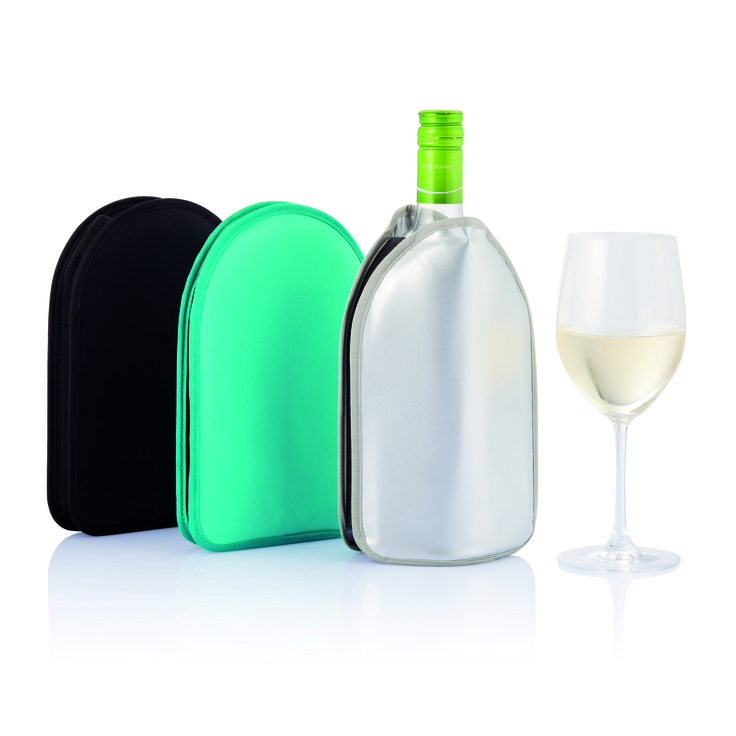 Fashionable wine cooler sleeve to chill your wine and keep it at the right temperature.