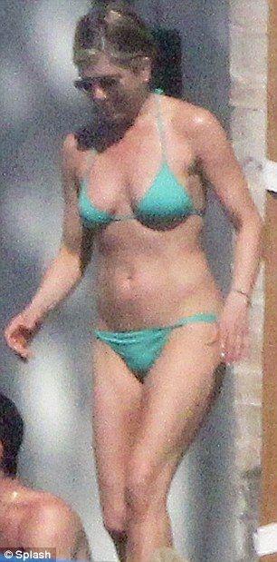 Jennifer Aniston In Most Daring Bikini Yet In Mexico