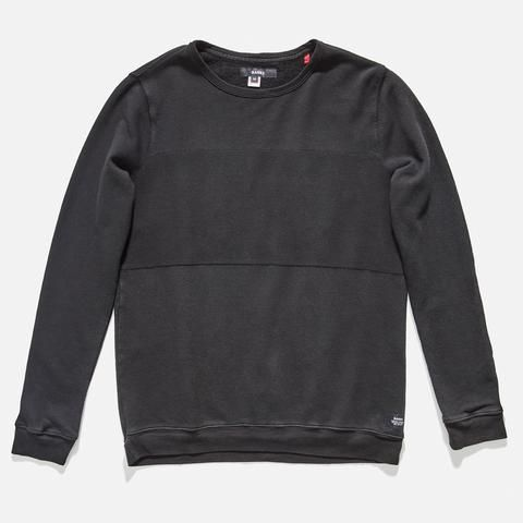 The Zuma Fleece is a modern take on a casual classic. Made in the USA.