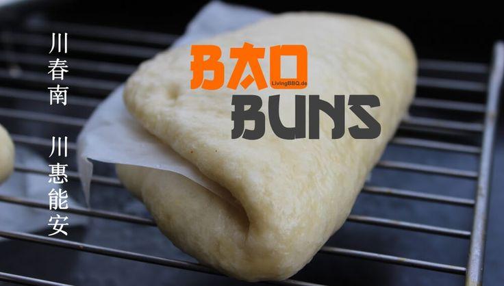 Die Bao Buns sind in der asiatischen Küche beheimatet und haben dort große Tradition. Sie sind das pendant zu unseren Hamburger Brötchen, den Burger Buns. Die Taiwanesische Antwort auf den Hamburger ist das GUA BAO. Hierbei wird über Stunden geschmorter Schweinebauch in die Bao Buns gepackt... köstlich! Die Bao Buns unterscheiden sich ...