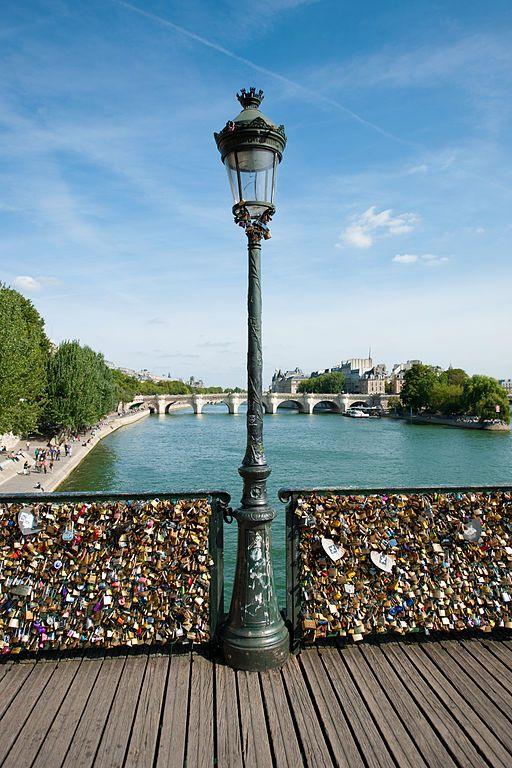 Awesome Love Locks Locations: Pont des Arts Bridge, Paris (source: wiki)