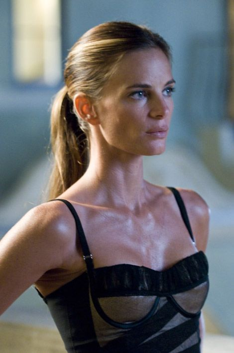 fiiiiFiona Burning Notice, Celebrities Photos, Beautiful Women, Beautiful Lady, Gabrielle Anwar, Definition Style, Beautiful People, Actresses, Gabriel Anwar