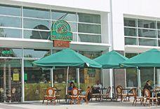 Grand Deli Gourmet Business Park Costa del Este. Teléfono: 300-2075 Horario: Lunes a sábado 7 a.m. a 8 p.m. Dirección: Torre 5, Avenida la Rotonda, Costa del Este.