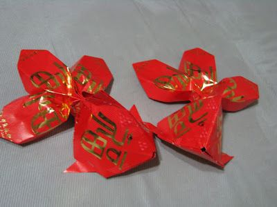 Red pocket origami goldfish xl diy cny for Ang pao decoration
