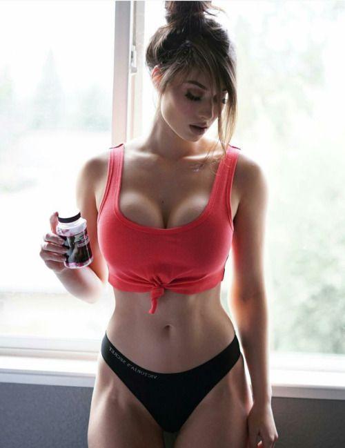 busty naked fitness women