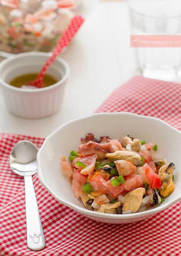 Salpicón de marisco. Cómo hacer salpicón de marisco paso a paso con fotografías para que no tengas dudas. El salpicón de marisco es una receta perfecta para el verano.