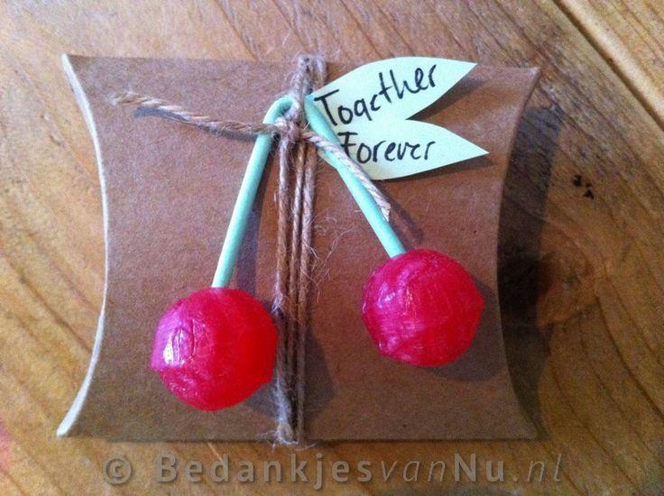 huwelijksbedankje met een beetje nostalgie via www.BedankjesvanNu.nl